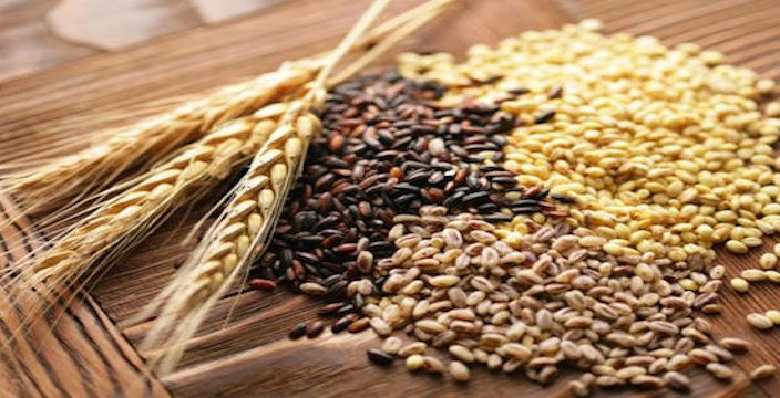 Купить зерно: пшеницу и ячмень.